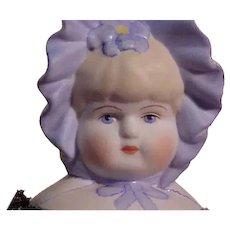Very Pretty Parian Bonnet Head By Artist Emma Clear