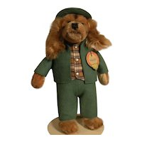 Steiff Spaniel In Green Felt Hunting Suit And Hat Called Waldili