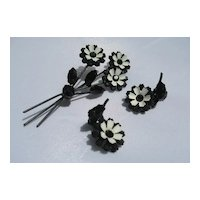 Vintage Metal Enamel Flower Rhinestone Earring Pin Set