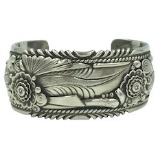 Native American Navajo  B. Begaye Sterling Silver Flower Feather Leaves Spiral Floral Handcrafted Cuff Bracelet