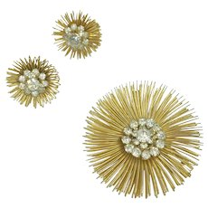 Weiss Vintage Starburst Rhinestone Gold Tone Wire Pin Brooch & Earring Set