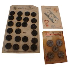 Vintage art nouveau buttons on paper cards