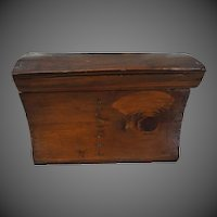Vintage Folk Art wood amish hand made box