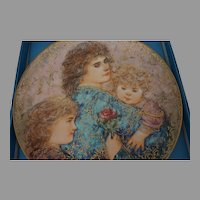 Edna Hibel Mothers day Plate Discontinued Limited edition w/ papers