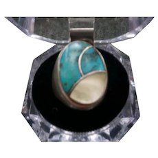 Vintage Mens large silver turquoise mother pearl inlayed NAVAHOE Ring signed SB