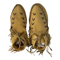 Hand made American Indian buckskin Leather Moccasins