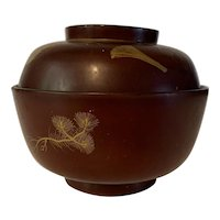 Antique Japanese Meiji Era (c. 1890) gold and red lacquer bowl