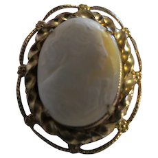 Vintage shell Cameo Womans portrait brooch