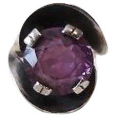 Vintage Mid century Modern Purple sapphire Sterling Silver Ring