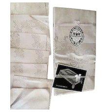 Vintage pink Damask table cloth w/ 8 napkins unused