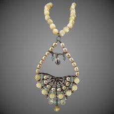 Vintage Pearl Unique necklace w/ Large Pendant