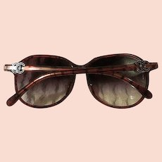 Womens pink 100% authentic Chanel sunglasses