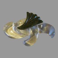 Womens vintage Acrylic Lucite Brooch