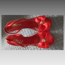 Vintage Onex 1970s glass slipper red satin and lucite heel sz 5