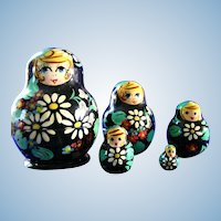 Russian Matryoshka Doll Set Nesting Dolls