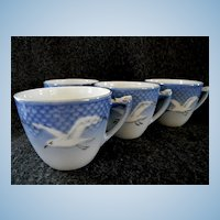 Set of 4 Bing & Grondahl Seagull Coffee Cups