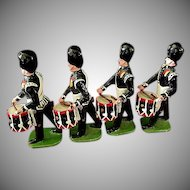 Toy Lead Soldiers Royal Seaforth Highlanders by Ducal  ** Set  #205 **  13 Pieces