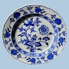 Six Flow Blue ** Blue Onion Pattern ** Sandwich Plates