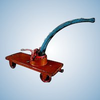 Arcade Railroad Car Crane or Car Wrecker