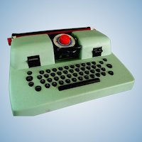 Like New Marx Tin Toy Typewriter in Original Box