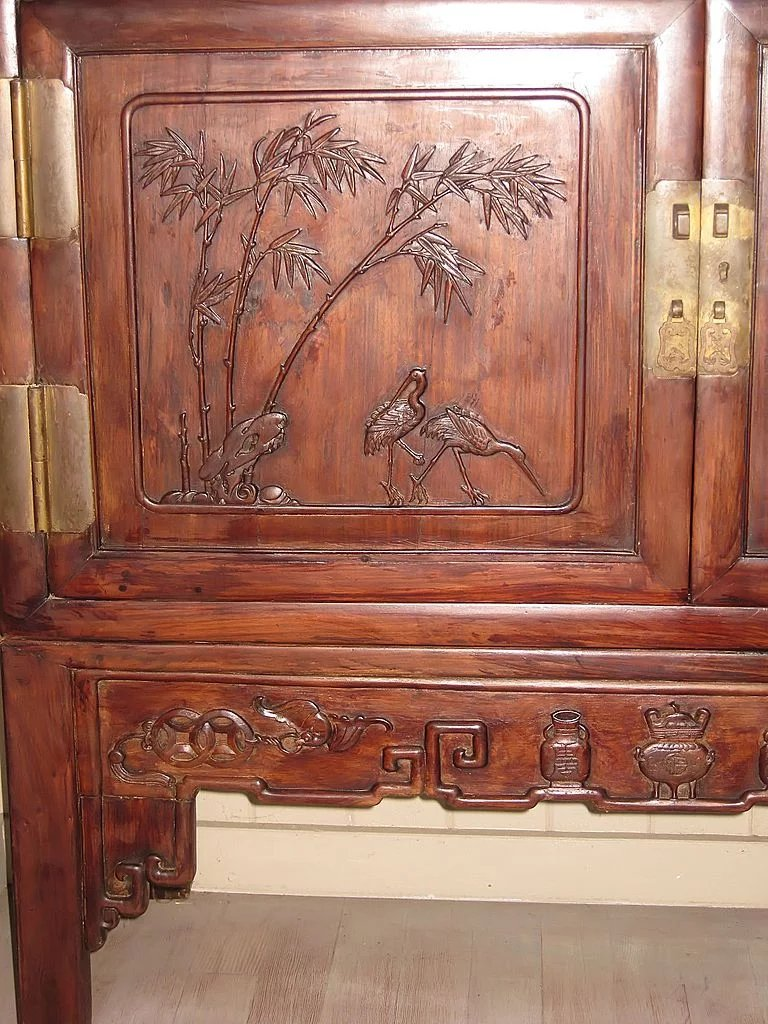 19th Century Chinese Hongmu Wood Cabinet Dynasty