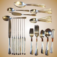 Holmes and Edwards 1940 Youth Silverplate Flatware Set 62 Pieces International Silver Co.