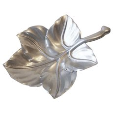 Vintage Bruce Fox Aluminum Figural Leaf Serving Bowl Dish Platter Royal Hickman
