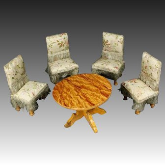 Superb Waltershausen Silk-covered Dining Set with Floral Design