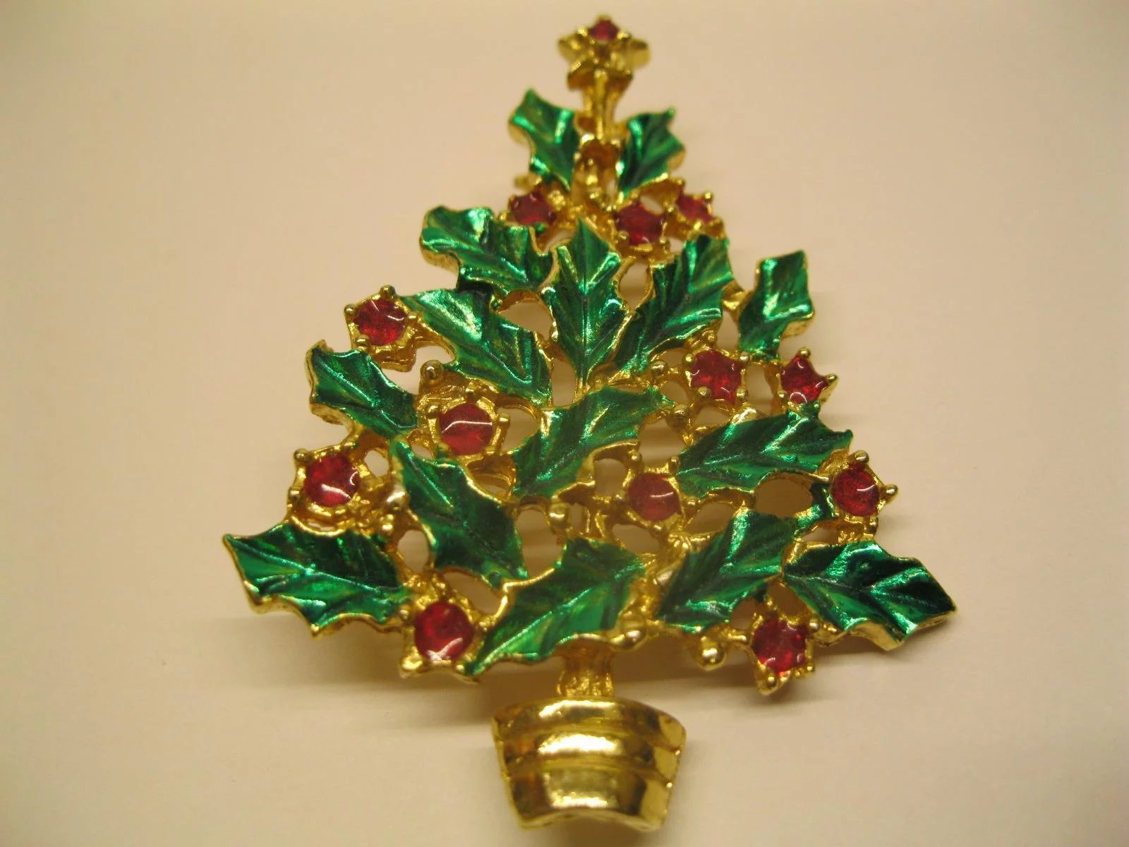 Vintage Jeweled Holly Leaf Christmas Tree Pin : The Midas Touch ...