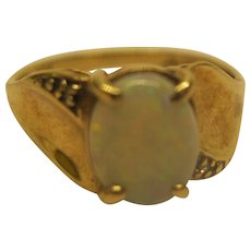Vintage Signed 10K Yellow Gold Opal Cabochon Ring Sz 6.25 Wt 2.0 Grams