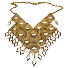 Vintage Signed Sarah Coventry Gold Tone Bib Necklace