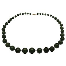 Vintage Green Adventurine Hand Knotted Graduated Bead Necklace 14K Gold Clasp