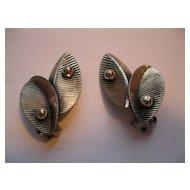 Vintage Sterling Silver Leaf Pattern Clip Earrings
