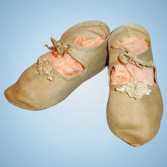 Large Antique Size 7 Cloth Ankle Tie Handwerck Doll Shoes