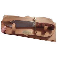 Vintage Western Bowie knife in wood orig wall mount