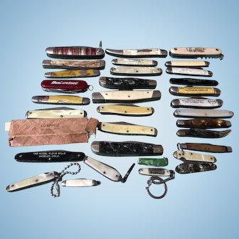 32  Vintage old used pocket knives all types and shapes