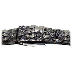 Silver Toned Metal Double Skull Belt