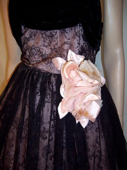 Superb, 1930\'s Vintage, Pink and Black Flocked Ball Gown : Patricia ...