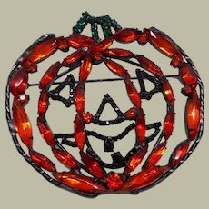"""Impressive Halloween Brooch by David Mandel for """"The Show Must Go On"""""""