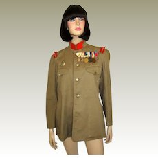 Japanese Infantry Sergeant's Tunic, Early 20th Century, with a Japanese 6th Place Medal Bar, Breast Badge, and Personal Framed Photographs