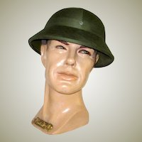 Men's Vintage, North Vietnamese Army, Hunter Green Canvas Pith Helmet