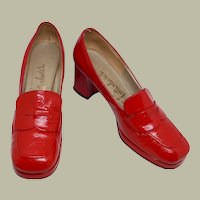 1969 Vintage Cherry Red Patent Leather Pumps by Interlude's (Pre-Owned)