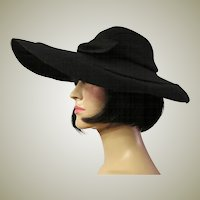 1930's Dramatic Black Woolen Felt  Picture Hat  with Bow