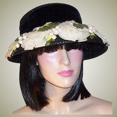 Lucila-Mendez-Exclusive New York-Black Straw Hat with Opened Rose Petals