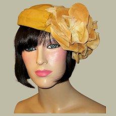 1940's Gold Velvet Hat/Chapeau with Gold Velvet Blossoms