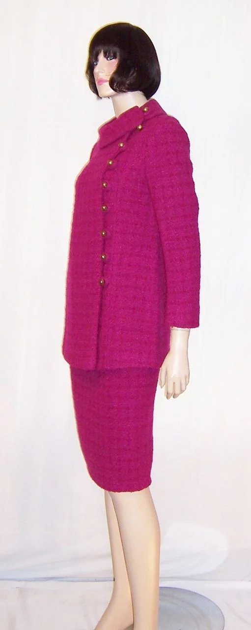 Stylish & Gorgeous Red Raspberry Nubby Woolen Suit ...