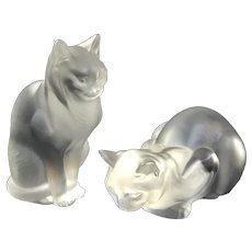 PAIR  vintage Lalique France Crystal crouching sitting Cats frosted glass figurines home decor