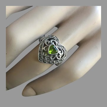 Art Deco Style Peridot Heart Marcasites Ring Silver Size 7