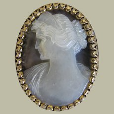 Antique Lady with Tiara Cameo Fine Carved Mother of Pearl Gold Tone Frame Brooch Pin 36 mm