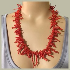 """82.30 grams 14K Gold Red Branch Coral Necklace 24"""" Long Graduated Coral Branches Mid Century"""